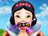 flash игра Snow White. Throat doctor